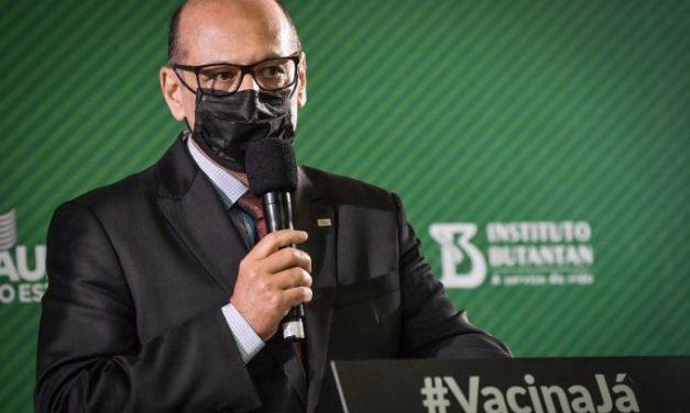 Dimas Covas diz que não há vacinas atrasadas: 'Reponsabilidade é do Ministério'