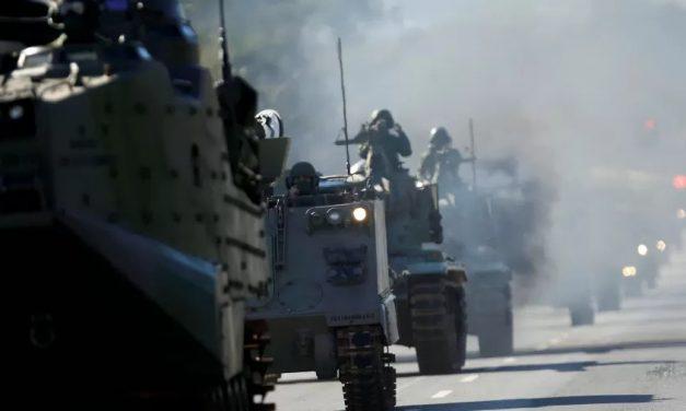 Operação com desfile de tanques custou R$ 3,7 mi aos cofres públicos