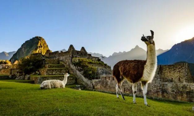 Brasileiros vacinados agora podem viajar para o Peru