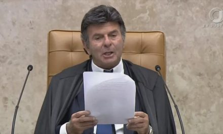 Após ameaça de Bolsonaro, Fux diz que ninguém fechará o STF e que desprezar decisão judicial é crime de responsabilidade