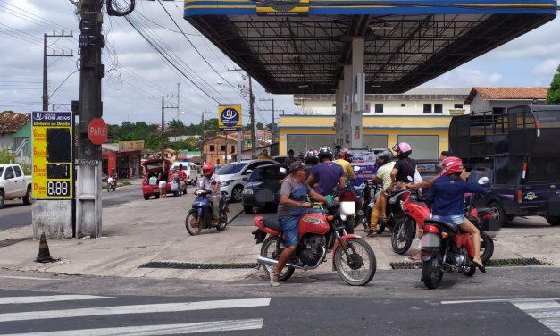 Com paralisação de caminhoneiros, postos de gasolina em Bragança começam a ter filas para abastecimento