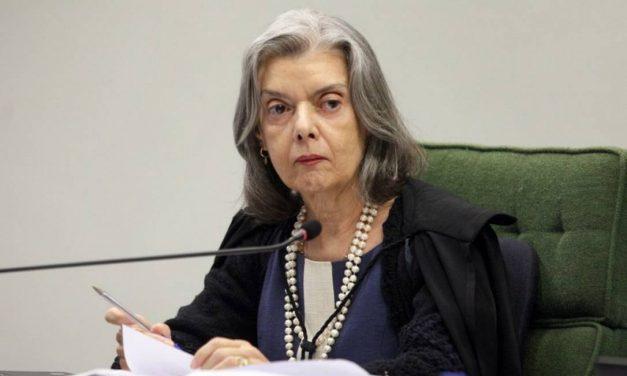 Cármen Lúcia vota contra prazo para Lira decidir sobre processo de impeachment de Bolsonaro