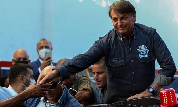 Bolsonaro rebate pressão de apoiadores após nota e diz que alguns querem que ele 'degole todo mundo'