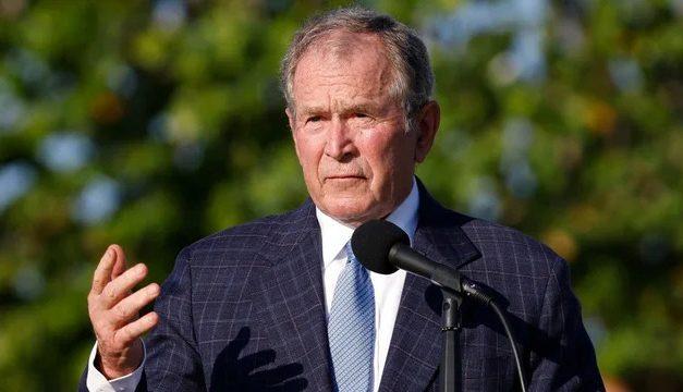 Bush lamenta a desunião dos Estados Unidos 20 anos após o 11 de setembro