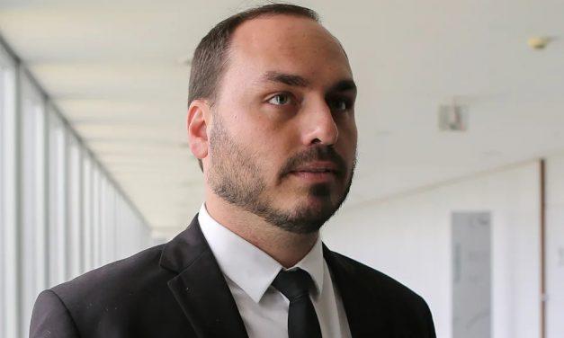 Funcionários 'fantasmas' de Carlos tinham endereço de Jair Bolsonaro em cadastros de Receita e Câmara do Rio