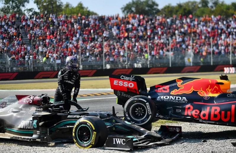 F1: Damon  Hill acusa Verstappen de bater intencionalmente em Hamilton na Itália