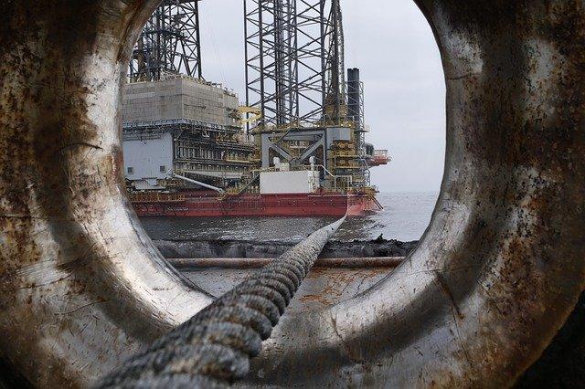 """Estudo aponta """"discursos de atraso"""" como nova tática da indústria petrolífera para negar mudança climática"""