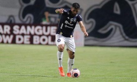 """Ex-lateral? Marlon demonstra satisfação em atuar na zaga do Remo: """"Estou gostando"""""""