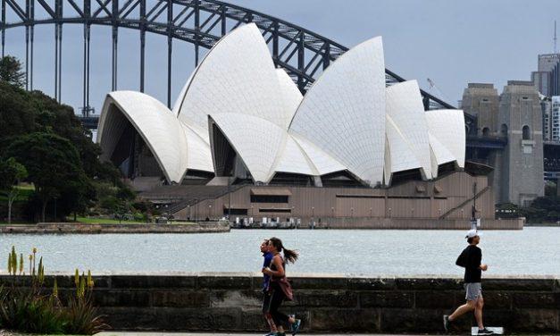 Sydney suspende toque de recolher, mas confinamento continua há quase 3 meses