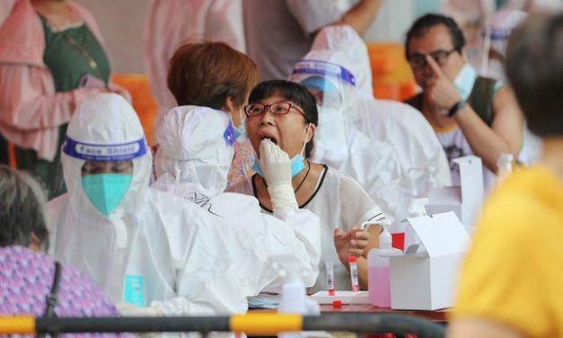 China ultrapassa 1 bilhão de vacinados contra Covid