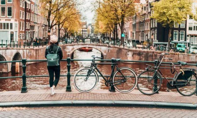 Holanda reduz restrições da pandemia, mas exigirá passaporte sanitário