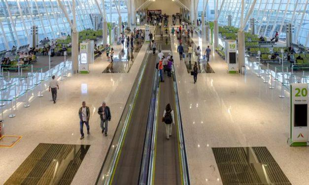 Funcionária da Gol é agredida por passageiro no aeroporto de Brasília