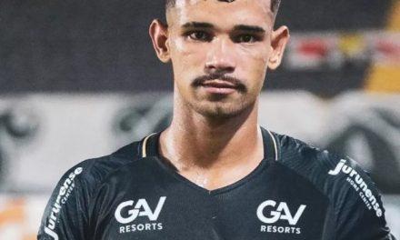 """Importante em vitória do Remo, Pingo se emociona: """"Clube que eu amo desde pequeno"""""""