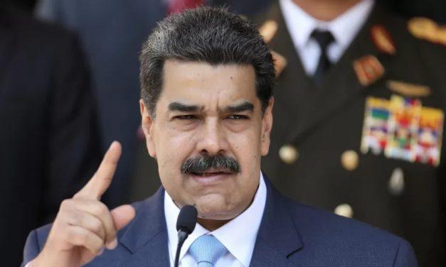 Maduro viaja para cúpula no México e se expõe a ser preso por ordem dos EUA