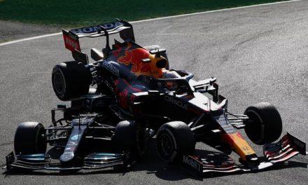 """Diretor de provas da F1: """"Punições de Verstappen e Hamilton não são comparáveis"""""""