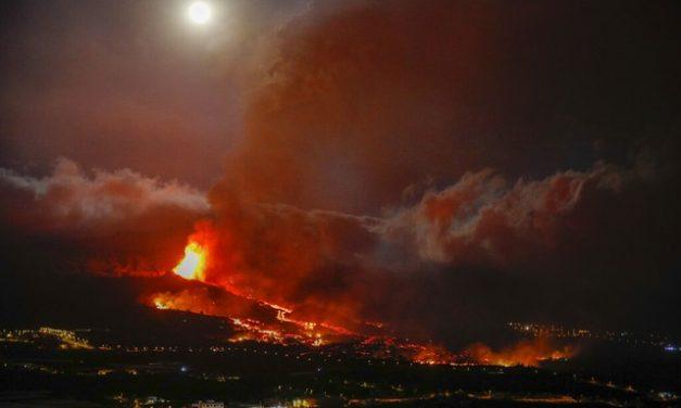 Vulcão de La Palma destrói 320 construções e 154 hectares de terra