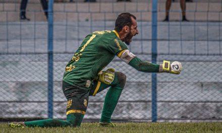 """Axel quer continuar no Castanhal para a Copa Verde e agradece o apoio: """"A torcida quer"""""""