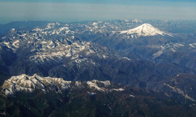 5 alpinistas morrem durante escalada no maior pico da Europa