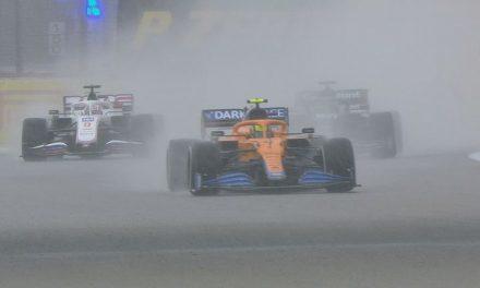 Arrasado, Norris assume culpa por não fazer pit stop decisivo na Rússia