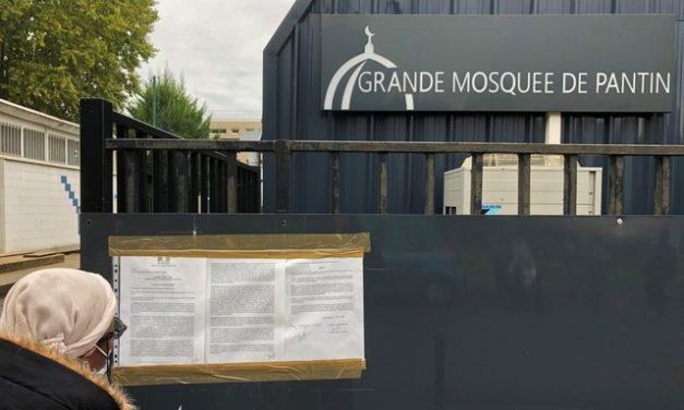 França vai fechar 6 mesquitas e dissolver associações suspeitas de radicalismo