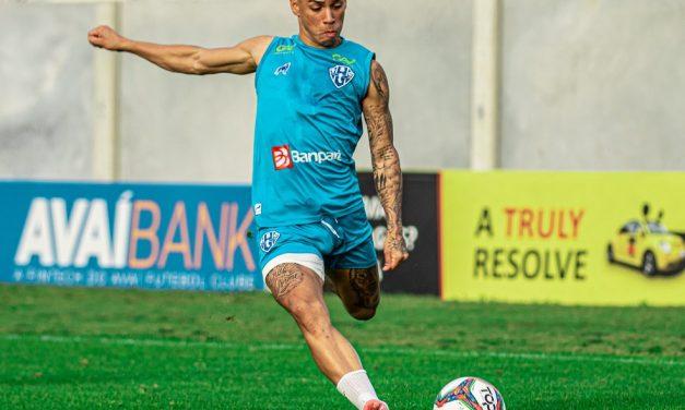 """Diego Matos admite """"oscilações"""" do Paysandu, mas afirma: """"Nunca deixamos a desconfiança entrar"""""""