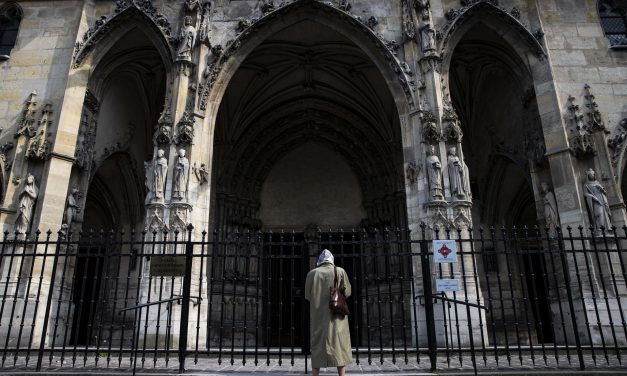 Comissão identifica mais de 3 mil pedófilos na Igreja Católica da França desde 1950