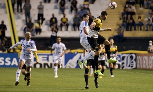 Paysandu empata fora na estreia da 2ª fase da Série C