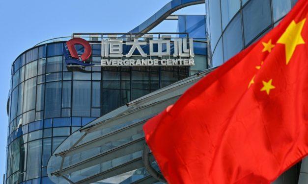 Grupo imobiliário chinês Evergrande suspende operações na Bolsa de Hong Kong