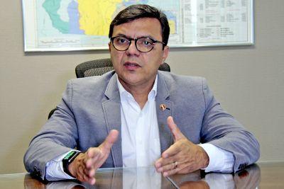 Governo do Pará defende regulação jurídica da mineração para reduzir danos ambientais