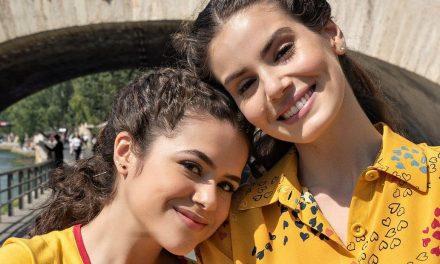 """Maisa Silva posta foto com colegas de """"De volta aos 15"""" em Paris"""