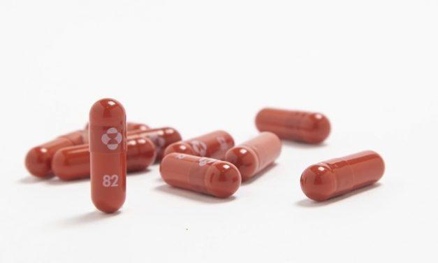 Nos EUA, Merck pede autorização da FDA para uso de emergência de comprimido contra Covid-19