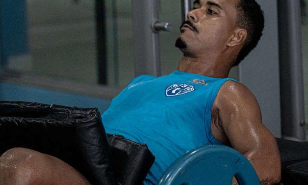 Com dores na coxa, lateral preocupa para sequência do Paysandu na Série C