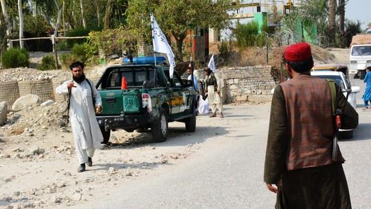 Talibãs se reúnem nesta terça com representantes de EUA e UE