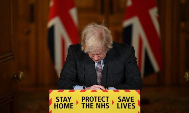 Parlamento britânico aponta resposta do governo à pandemia como um dos maiores fracassos do Reino Unido
