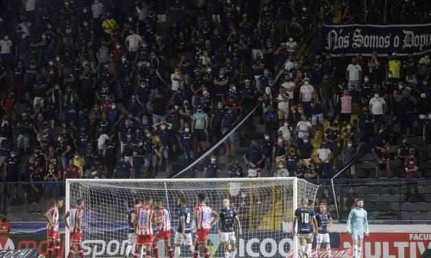 Remo pede aumento na liberação da capacidade dos estádios e venda de bebidas alcoólicas
