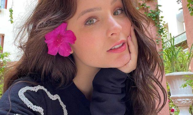 Larissa Manoela aparece pela primeira vez caracterizada como protagonista de 'Além da Ilusão'