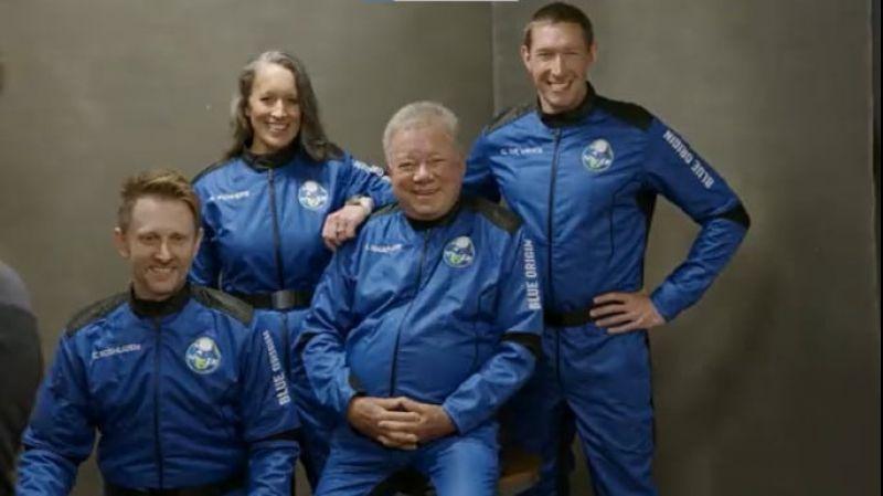 Blue Origin deve realizar voo espacial com 'Capitão Kirk', de 'Jornada nas estrelas', nesta quarta