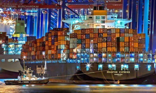 Congestionamento de contêineres nos portos britânicos vai durar meses