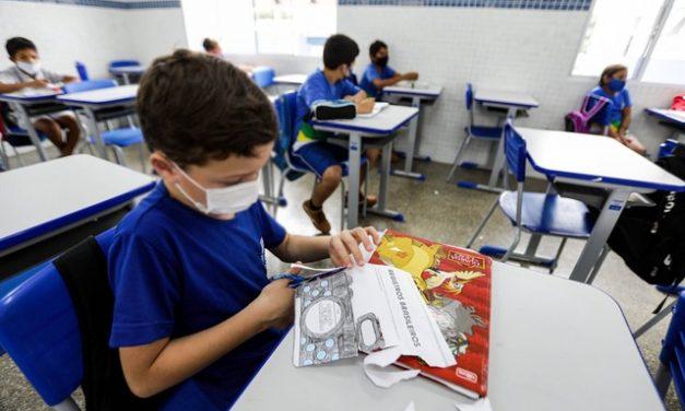 Nove estados liberam retorno das aulas presenciais para todos os alunos; veja situação pelo país
