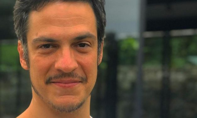 """Mateus Solano apresenta seu personagem na próxima novela das 19h: """"Preparem seus corações"""""""