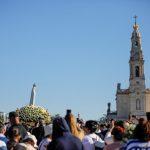 Santuário de Fátima retoma normalidade e recebe milhares de peregrinos