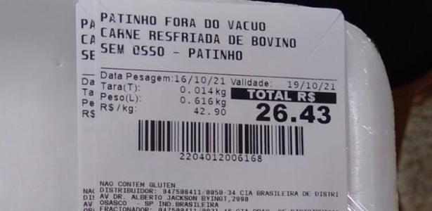 No Jd. Ângela, periferia de São Paulo, Extra entrega bandeja vazia até cliente pagar por carne