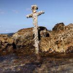 Espada que pode ser das Cruzadas e ter mais de 900 anos é encontrada no mar em Israel