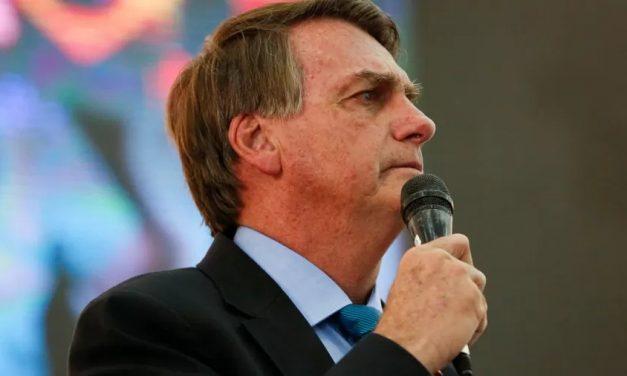 Ex-ministros pedem que Bolsonaro explique acusação de pedofilia