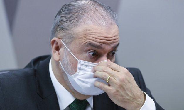 Senadores da CPI discutem impeachment de Aras caso ele arquive indiciamentos