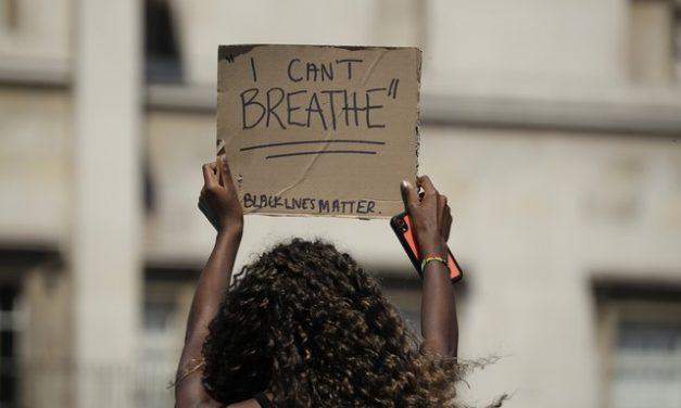 Saiba como denunciar casos de racismo e de injúria racial
