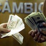 Dólar dispara após Guedes falar em 'licença' para furar teto de gastos