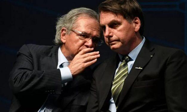 Bolsonaro se vende como Pai dos Pobres após jogar o povão na fogueira
