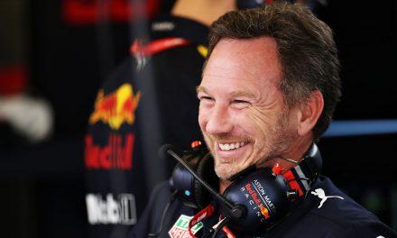 """F1: Horner comemora vitória """"saborosa"""" sobre Mercedes e diz que não esperava que Verstappen segurasse Hamilton"""